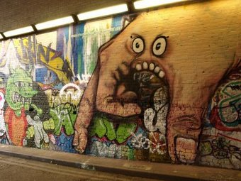 <p>Leake Street - <a href='/triptoids/leakestreet'>Click here for more information</a></p>