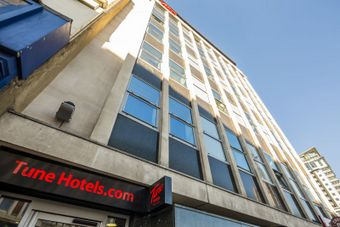 <p>Tune Hotel - <a href='/triptoids/tunewest'>Click here for more information</a></p>
