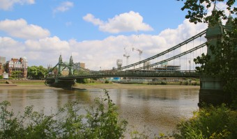 <p>The Thames Walk - <a href='/articles/Thames_Path '>Click here for more information</a></p>