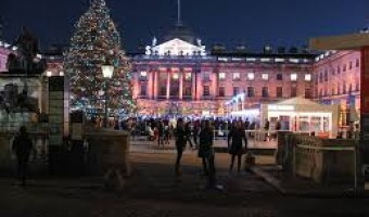 <p>Winter Ice Skating - <a href='/journals/london-ice-skating'>Click here for more information</a></p>