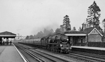 <p>London&#039;s Macbre Railway - <a href='/journals/necropolis-railway'>Click here for more information</a></p>