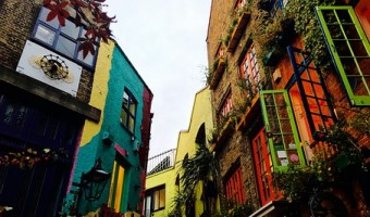 <p>Covent Garden Art  - <a href='/journals/covent-garden-art'>Click here for more information</a></p>