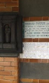 <p>A Visit To The Postman&#039;s Park  - <a href='/journals/postmans-park'>Click here for more information</a></p>