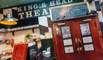 <p>The King`s Head - <a href='/triptoids/kings-head'>Click here for more information</a></p>