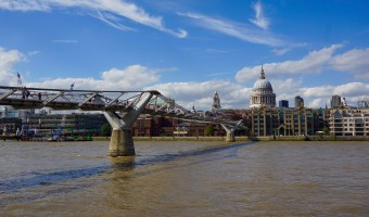 <p>The Millennium Bridge - <a href='/triptoids/millennium-bridge'>Click here for more information</a></p>