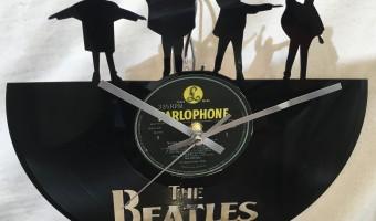 <p>Beatles Help vinyl cut Clock  - <a href='/shop/beatles--vinyl-clock-help'>Click here for more information</a></p>