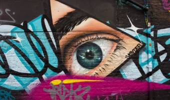 <p>Eating out in Shoreditch - <a href='/articles/eating-out-shoreditch'>Click here for more information</a></p>