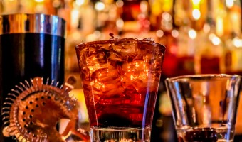 <p>The London Cocktail Bar Scene - <a href='/groups/cocktail-bars'>Click here for more information</a></p>