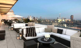 <p>Radio Rooftop Bar - <a href='/journals/radio-rooftop-bar'>Click here for more information</a></p>