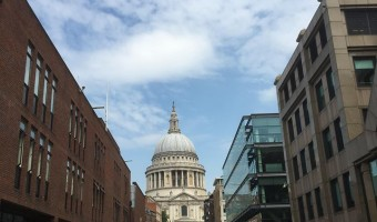 <p>St Paul's Cathedral - <a href='/journals/st-pauls-cathedral'>Click here for more information</a></p>