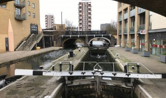 <p>Down by the auld canal - <a href='/journals/canal-walk'>Click here for more information</a></p>